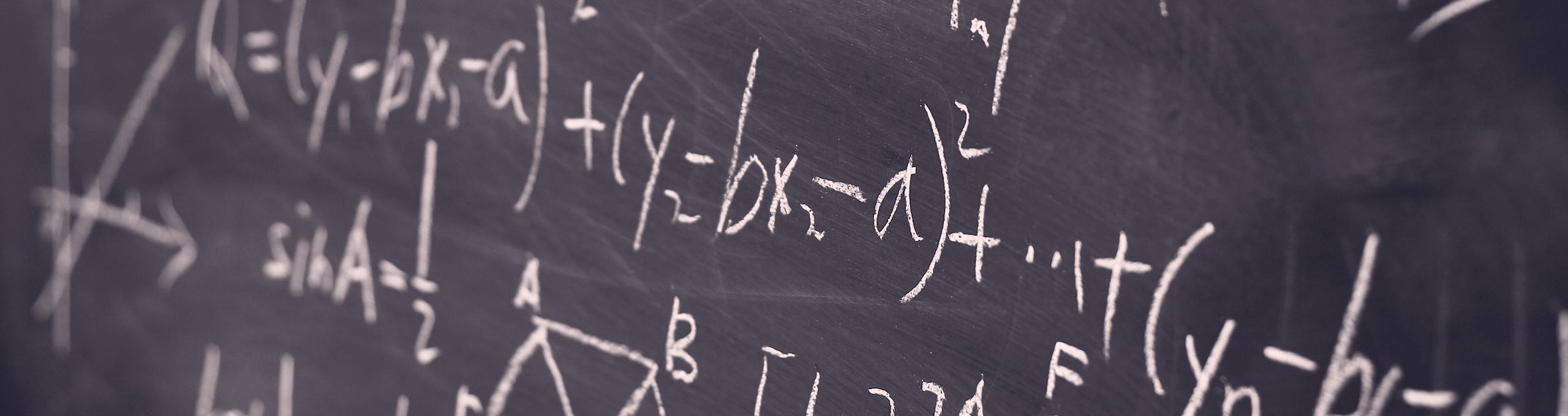 RAF-Curriculum-la-disciplina-matematica-Hero